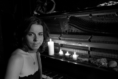 Meg-Hutchinson-BW-Piano-Press-Shot.jpg